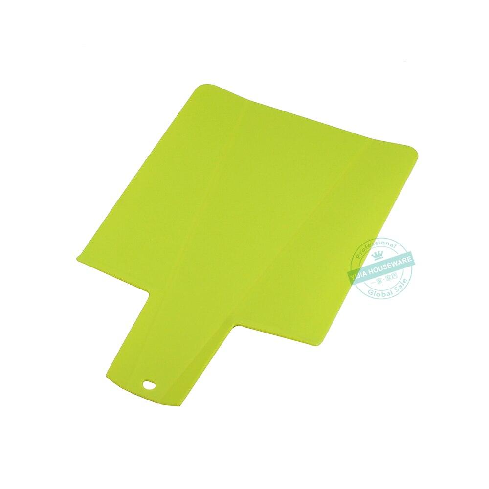 Складная пластиковая разделочная доска 9,75 дюйма x 8,75 дюйма, разделочная доска, кухонный коврик для приготовления пищи с нескользящей ручкой 3,5 дюйма, зеленый