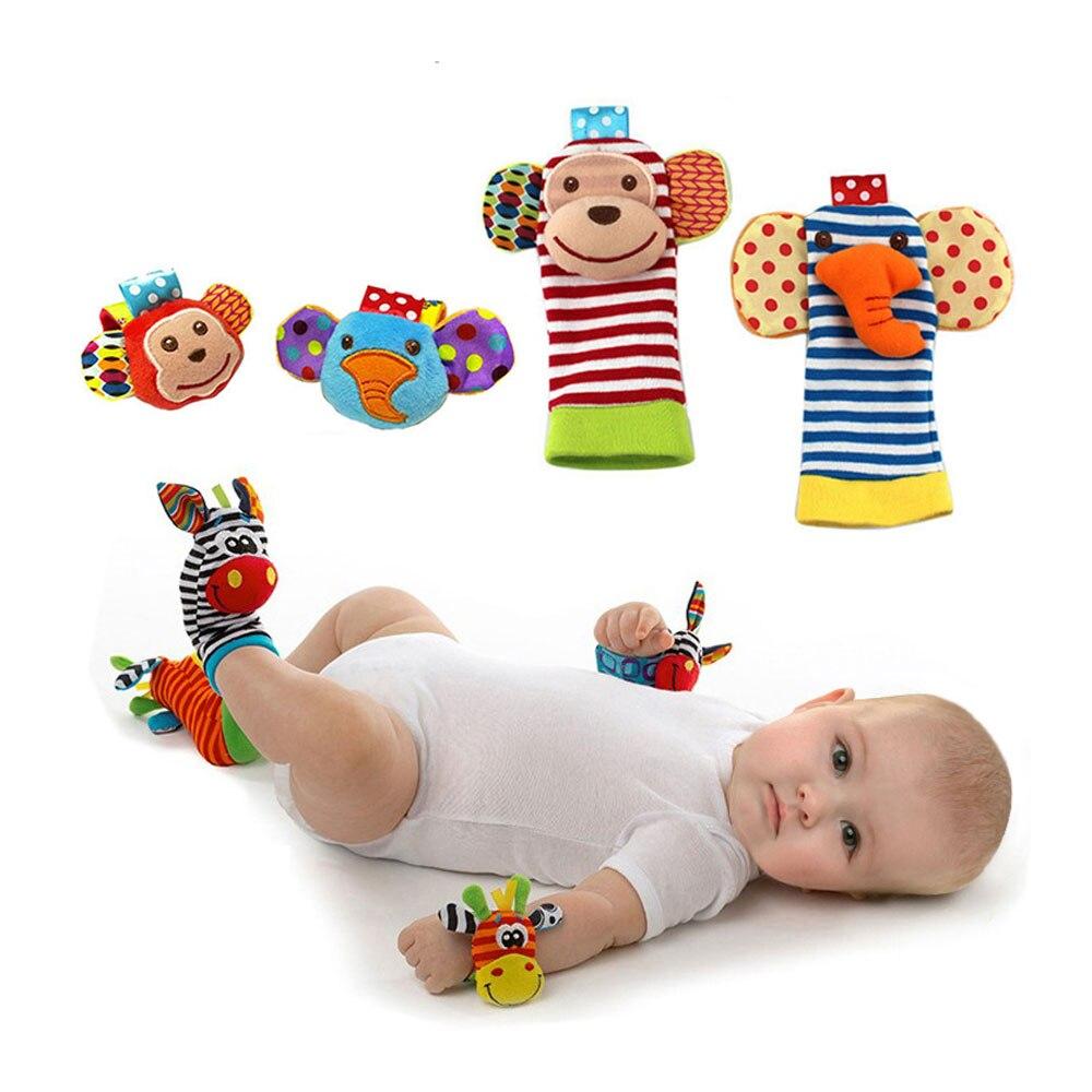 Sonajeros de dibujos animados, correa para muñeca, calcetines de animales, juguete nuevo para bebé, campanillas suaves, mano, pie, juguete de desarrollo, calcetines para pies 0 ~ 24 meses
