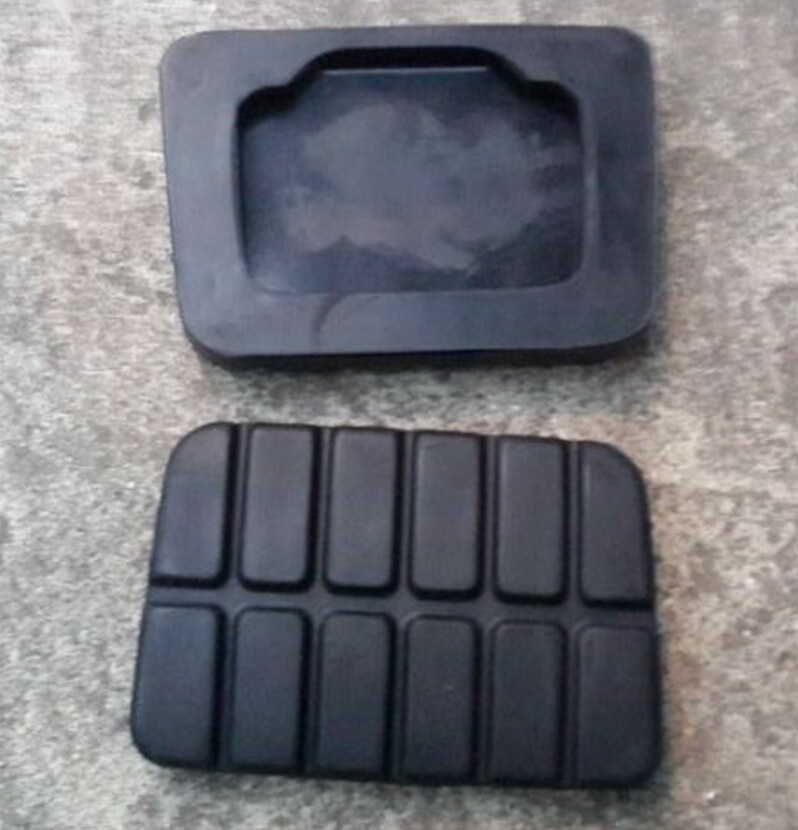2PCS Clutch Brake Pedal Rubber Pad for Nissan Paladin Odin Rui Qi Pickup D22 Top Quality