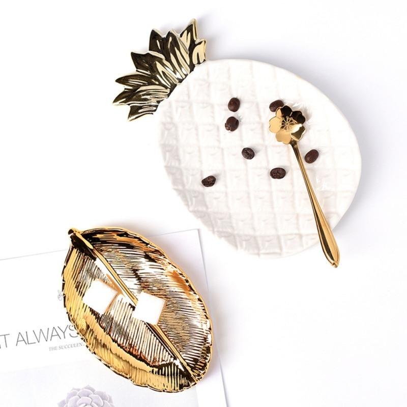 Bandeja de cerámica nórdica dorada con piña para tocador, joyería para baño, organizador de cocina, regalo para mujer, accesorios de decoración del hogar