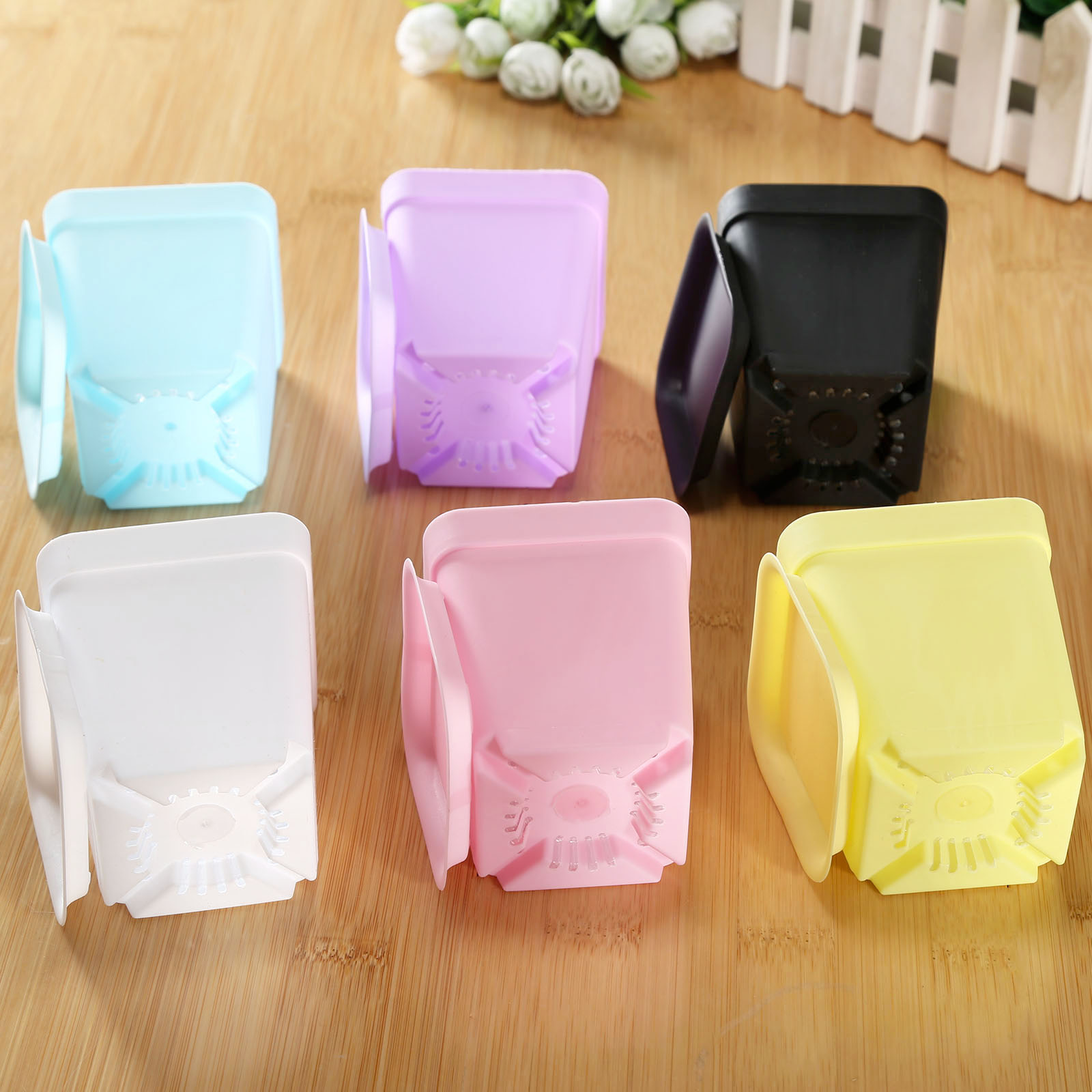 Small plastic pots, 7 * 8cm gardening plastic pots, plastic flower pots, all sent with 6 colors