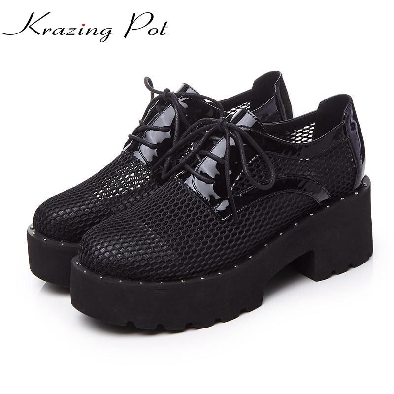 Zapatos de mujer a la moda de punta redonda, plataforma recortada, tacones gruesos, encaje clásico, bombas de pista, zapatos casuales sexis para boda, marca L01