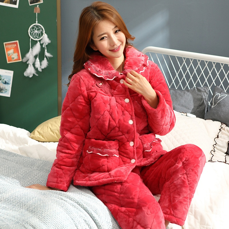 Winter pajamas ladies coral velvet quilted three-layer thick middle-aged mother warm red flannel comfortable home service suit enlarge
