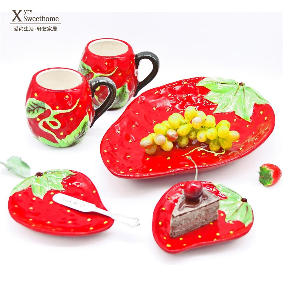 En forma de fresa taza pintada a mano underglaze color cerámica taza fresa grande plato de fruta cerámica plato de fruta bandeja de vajilla