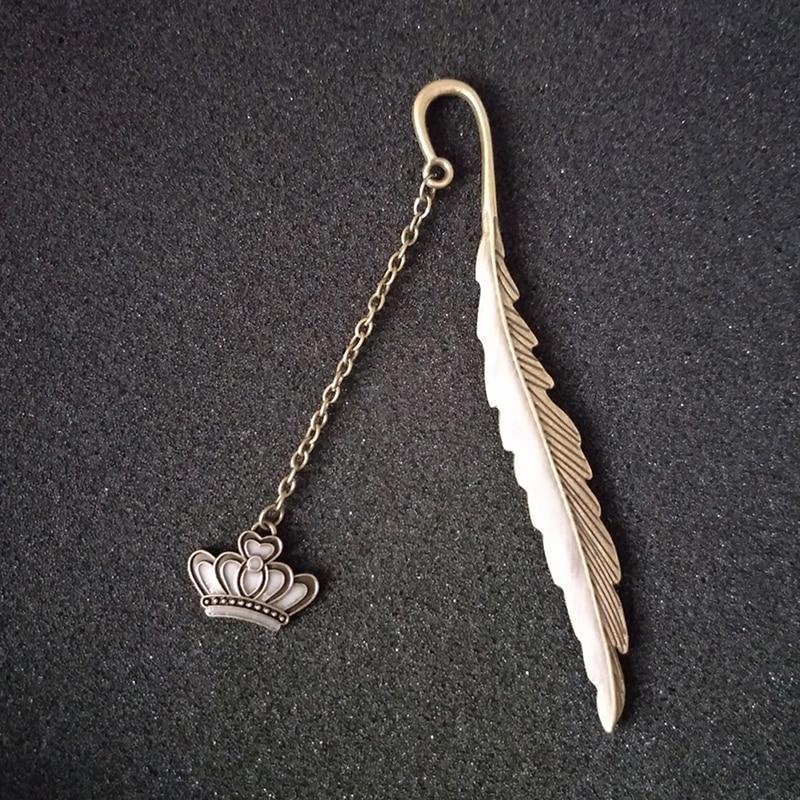 Regla de marcapáginas de Metal con brillo luminoso y corona de plumas de moda para regalo para estudiante infantil suministros escolares