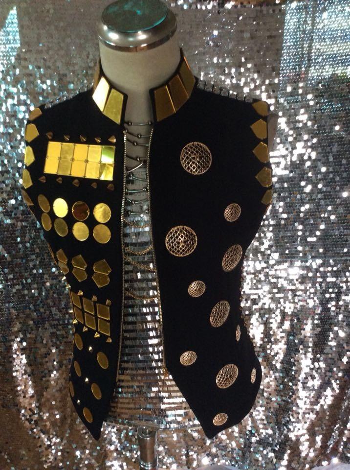 سترة ذهبية على الطراز الملكي للرجال ، صناعة يدوية ، تأثير المرآة ، زي ديسكو ، راقصة مغنية ، معطف أداء مسرحي