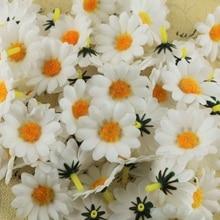 100 pcs/lot 4cm Mini soie tournesol fleurs artificielles tête pour mariage décoration de la maison bricolage couronne Scrapbooking faux fleurs