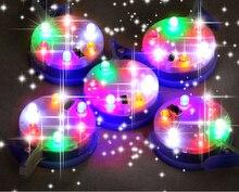 Il trasporto libero di alta qualità 3p 6p colori della luce ha condotto la lampada con interruttore 20 pz/lotto led aquilone fabbrica shinning nel cielo aquilone allingrosso