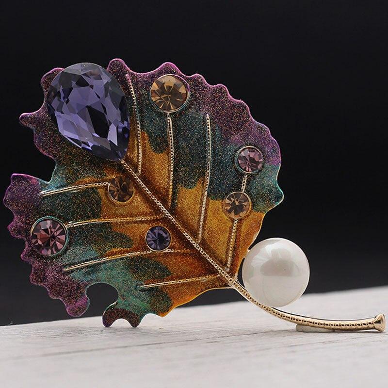 Marca esmalte hojas broches colgante para mujer joyería de boda perfecto hiyab de perlas pines broches sombreros accesorios bufanda color oro Pin