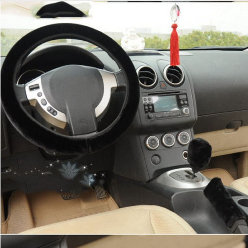 1PCS High Quality Soft Warm Wool Plush Winter Car Steering Wheel Cover Universal 35-40cm cm in diameter