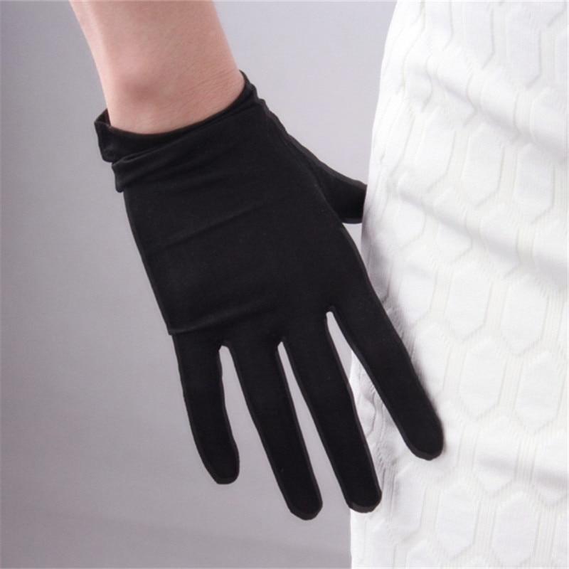 Woman Gloves Natural Silk Elastic Silkworm Silk Gloves Short Style Woman's Summer Sun Protection Mittens Touchscreen TB66