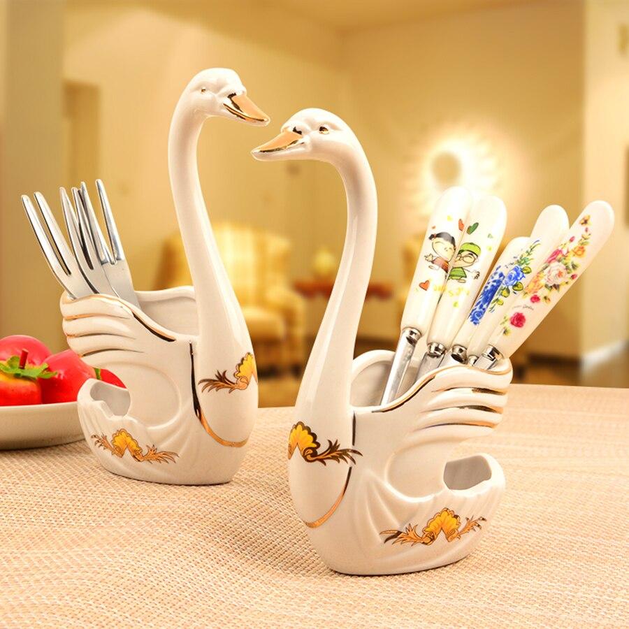 Swan Base Holder Fruit Forks Cartoon Foundation Pedestal Tableware Cutlery De Porcelana Set Vajilla Completa Party Supplies 649