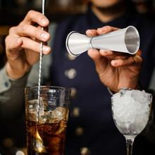 60ml dwustronna koktajl alkohol Bar kubki pomiarowe sztabka ze stali nierdzewnej Jigger program Bartender mikser do drinków alkohol miarka