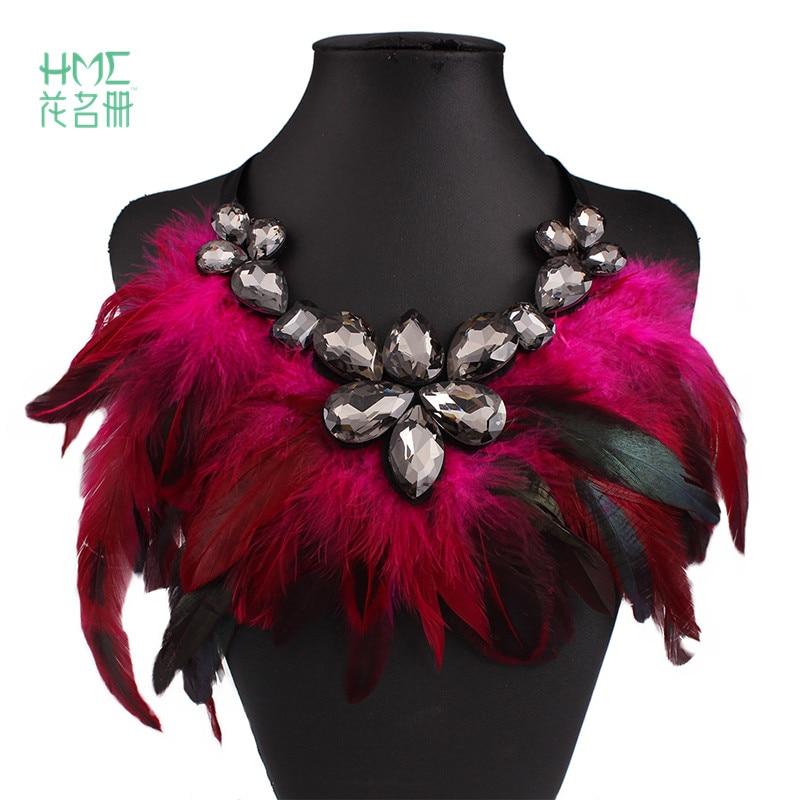 Nuevo diseño de collar femenino hermoso estilo Hyperbole pluma de colores incrustación Gran Collar gargantilla de cristal para mujer elegante