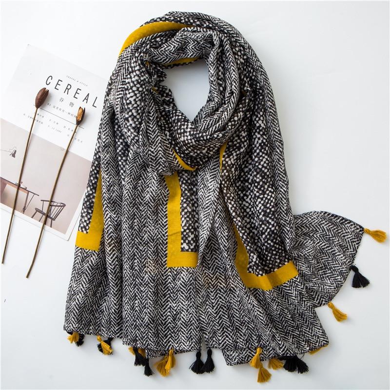 2020 Ladies Fashion Aztec Tassel Viscose Shawl Scarf Women High Quality Wrap Pashmina Stole Bufanda Muslim Hijab Snood 180*100Cm
