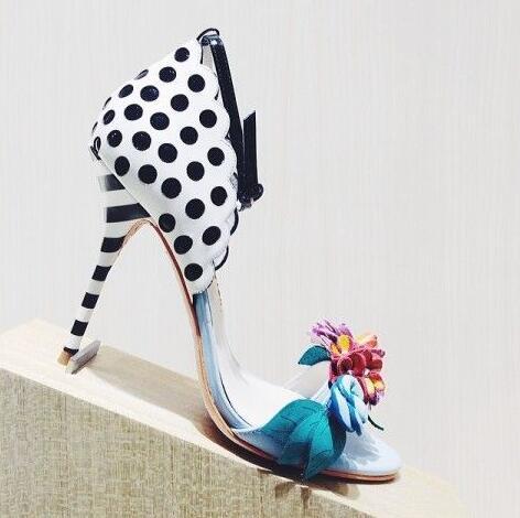 صندل نسائي بكعب عالٍ بنقاط البولكا ، أحذية حفلات أنيقة متعددة الألوان مع إبزيم كاحل وإبزيم للإغلاق
