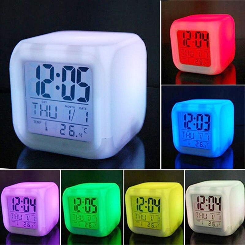 Reloj despertador LED personalizado, luz táctil colorida, decoración de escritorio, figuras de acción de Anime, juguetes para niños