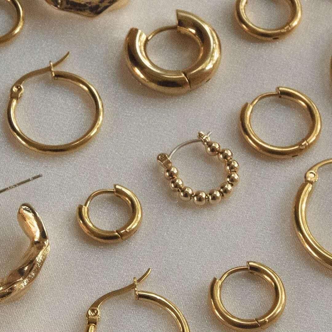 Punk ouro cor brincos de argola de aço inoxidável para mulher minimalista pequeno círculo orelha fivela huggie brincos hip hop jóias