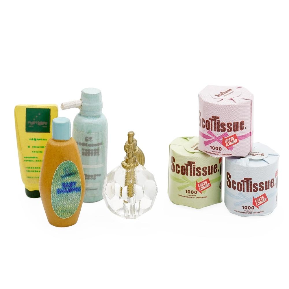 Odoria 1:12 miniatura 3 uds papel higiénico y Loción de champú limpiador Facial Perfume casa de muñecas accesorios de baño