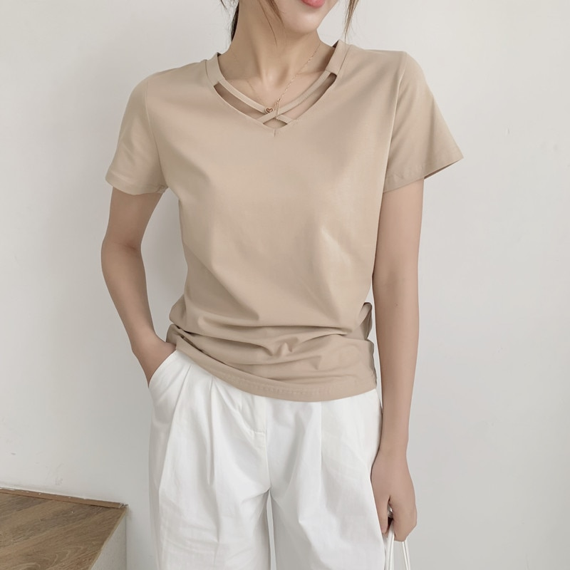 2020 Summer New Simple Black Slim V-neck Short-Sleeved T-shirt Women's Careful Clothes Hollow out Lo
