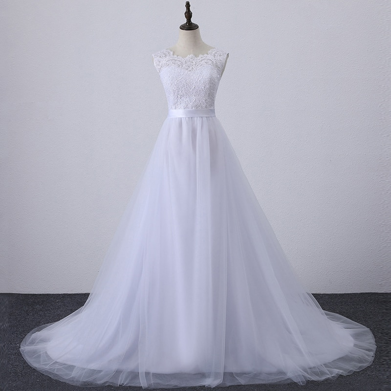 Vestido de novia bohemio de tul con espalda al aire, blanco, playa,...