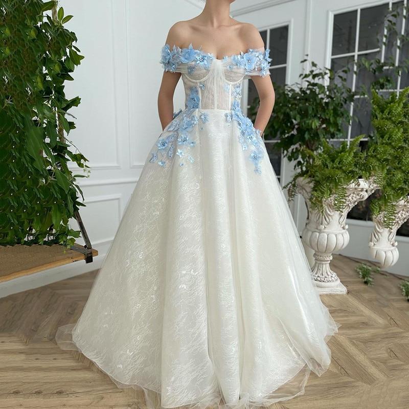 Ivory Baby Blue 3D Flower Wedding Dresses Vintage Lace Bridal Dress Robe de Mariage Corset Back Floor Length Gothic Wedding Gown