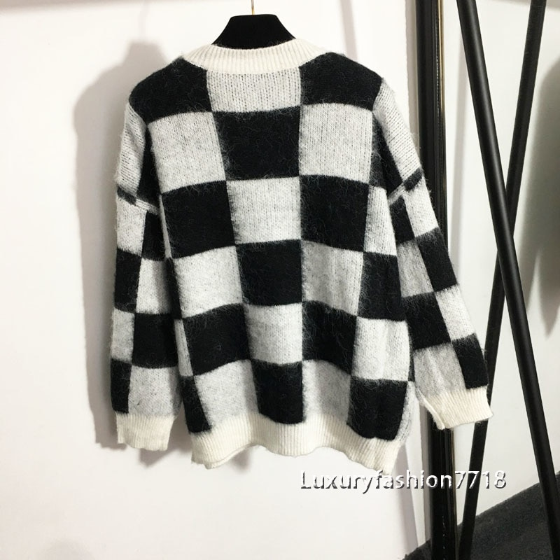 Fall 2021 women clothing fashion Plaid round neck long sleeve sweater high end Mohair sweaters brand woman knit pullover jumper enlarge