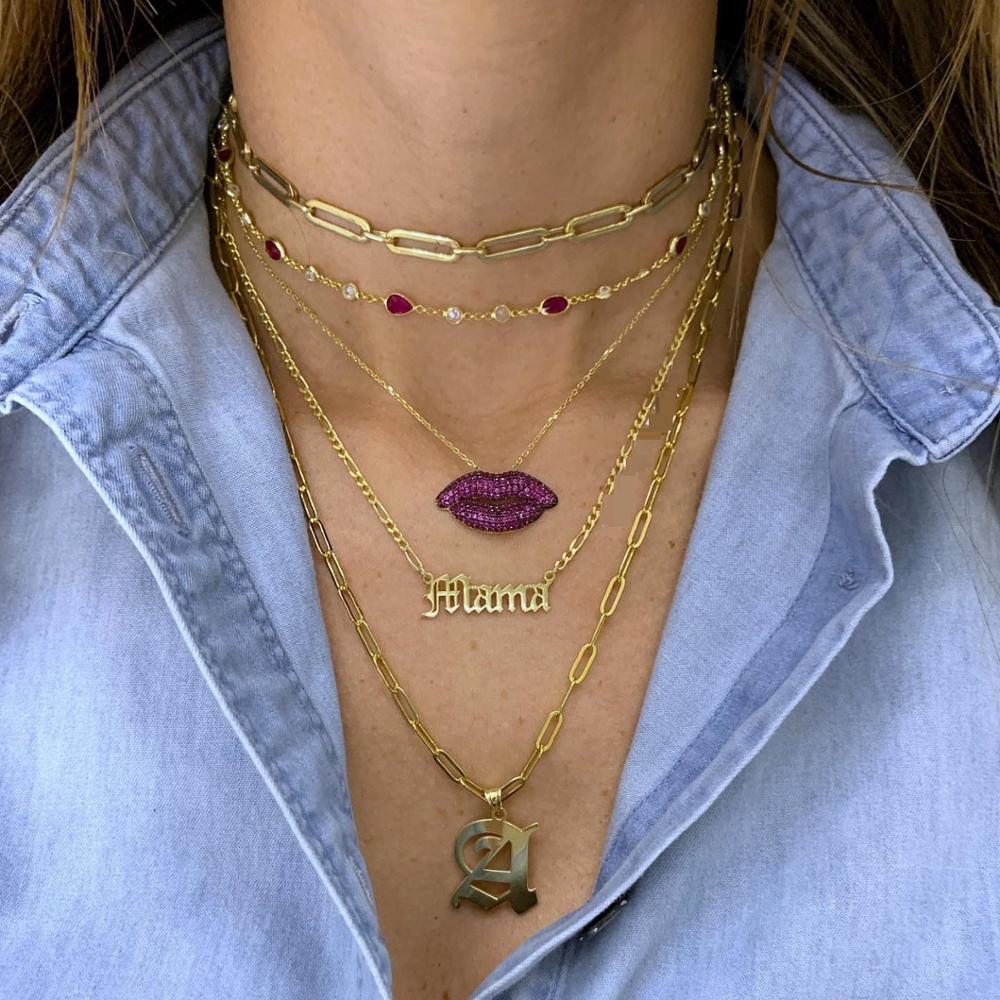 Micro pavé Circonia cúbica roja Circonia cúbica color dorado beso dije en forma de labio collar 2020 Nueva joyería de mujer