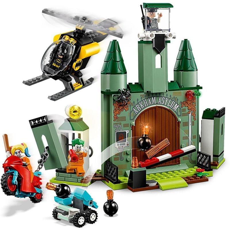 New Avengers DC Comics Batman And The Joker Escape Lepining Building Blocks Bricks 76138