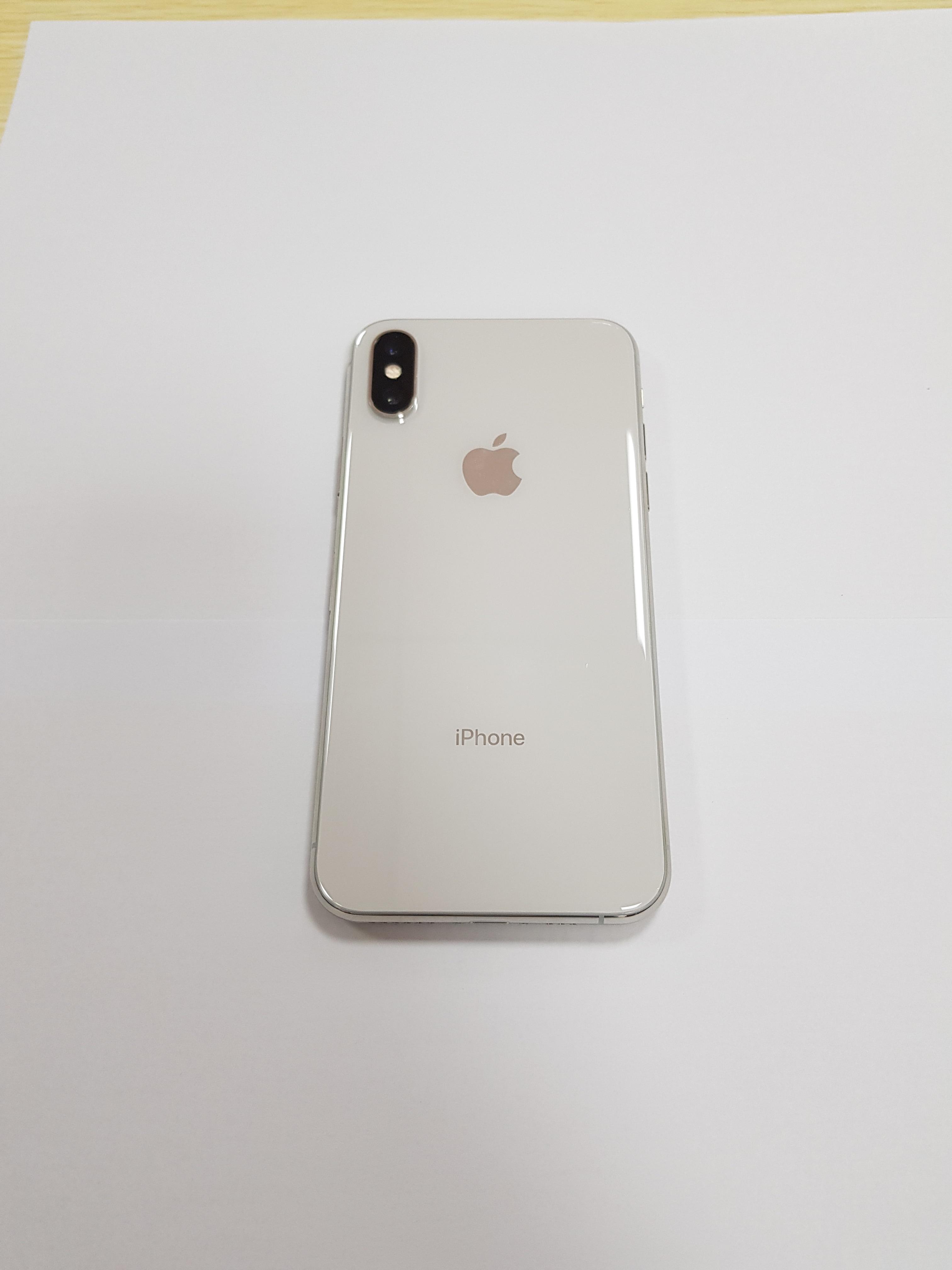 Unlocked Original Apple iPhone X Hexa Core Face ID 256GB/64GB ROM 3GB RAM Dual Rear Camera 12MP 5.8