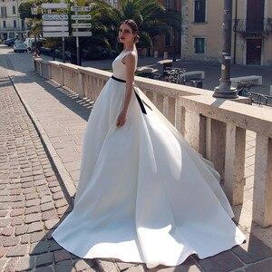 Simple boho Beach Wedding Dresses Deep V-neck A-Line Sleeveless Bridal Gown Plus Size Vintage Princess Party Dress