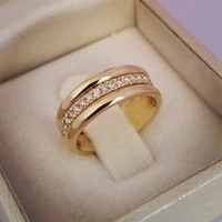 fashion classic wedding women rings simple finger ring with middle paved cz stone understated delicate female engagement jewelry