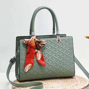 Bag 2021 New Women's Bag High Quality Silk Scarf Trend Embroidered Thread Handbag