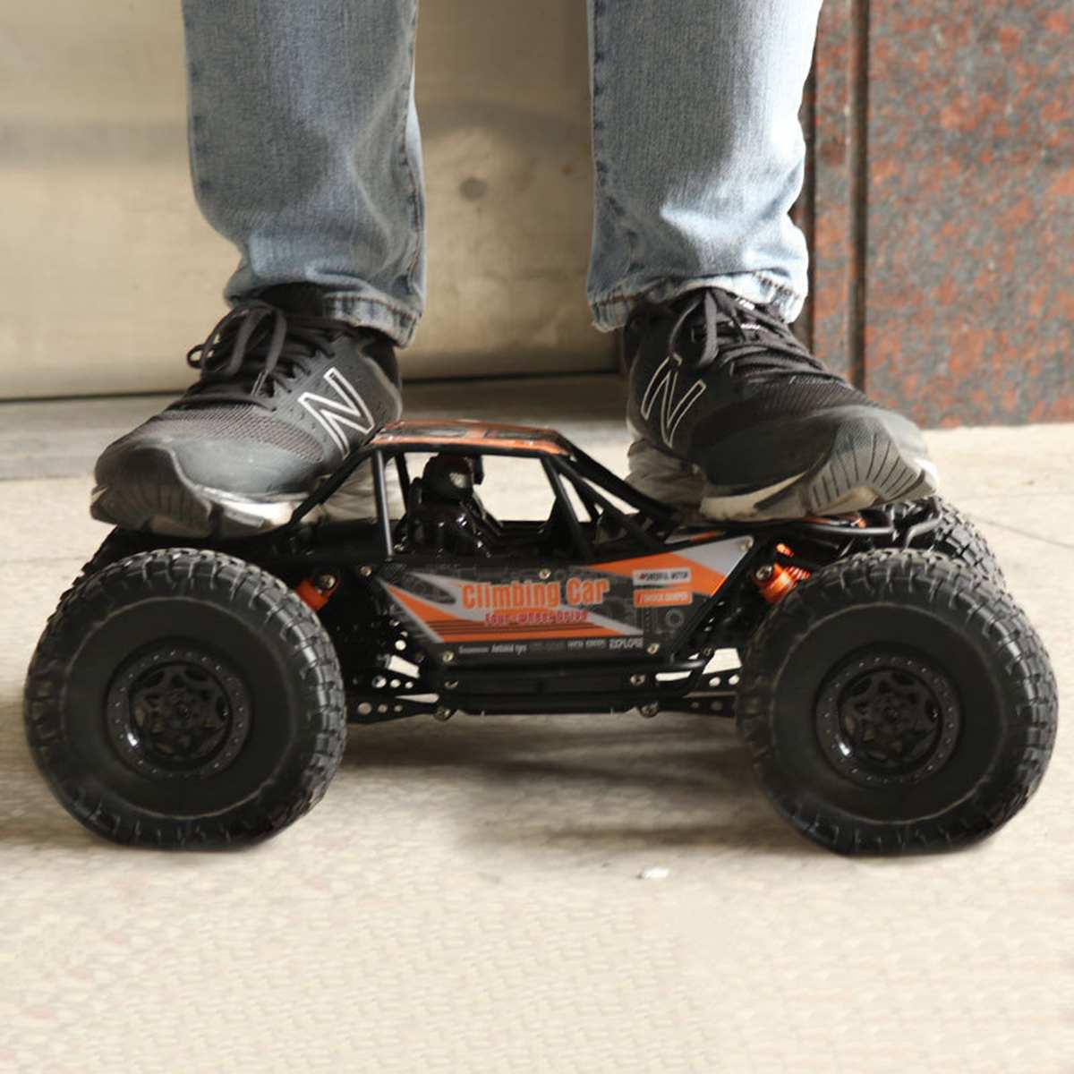 1:10 48cm 18.9inch RC Cars 2.4G Radio Control 4WD Off-road Electric Vehicle Monster  Remote Control Car Gift Boys Children Toys enlarge