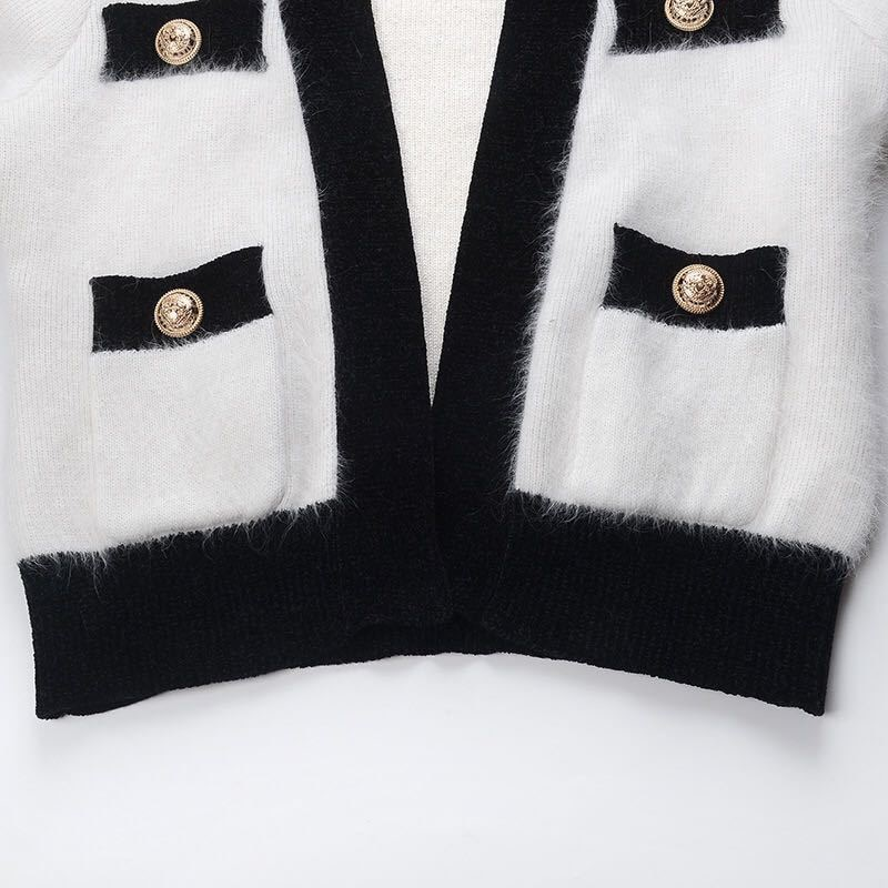 2021 Autumn And Winter New High-Quality Western-Style Knitted V-Neck Black And White Contrast Color Mink Cardigan Jacket Women enlarge