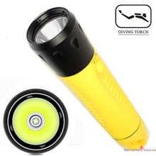 Diving flashlight charging strong light L2 focus long flashlight plastic waterproof submersible lighting at night submersible