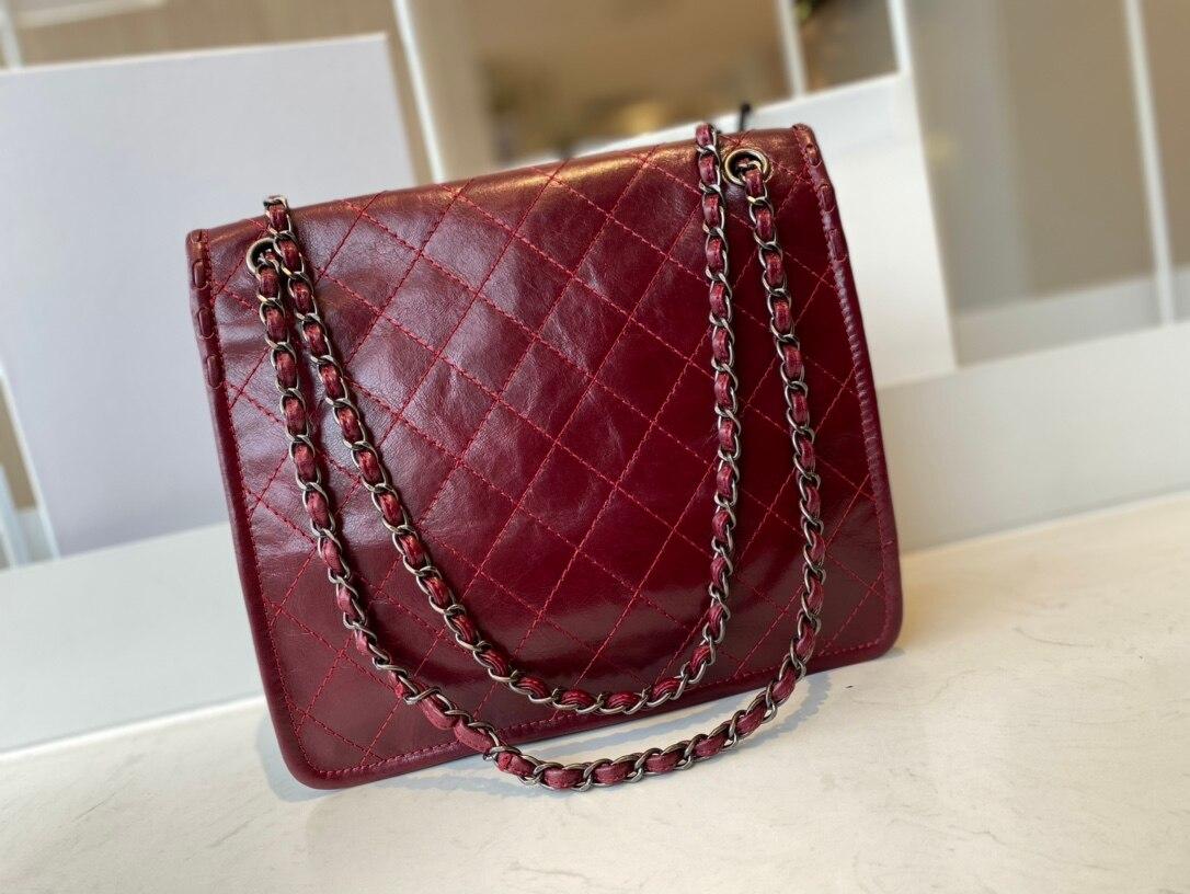 الفاخرة المغلف حقيبة الإناث حقيبة حقيبة ساعي 2021 جديد الإناث حقيبة المتخصصة تصميم الأزياء المغلف حقيبة فاخرة صافي حقيبة كتف حمراء
