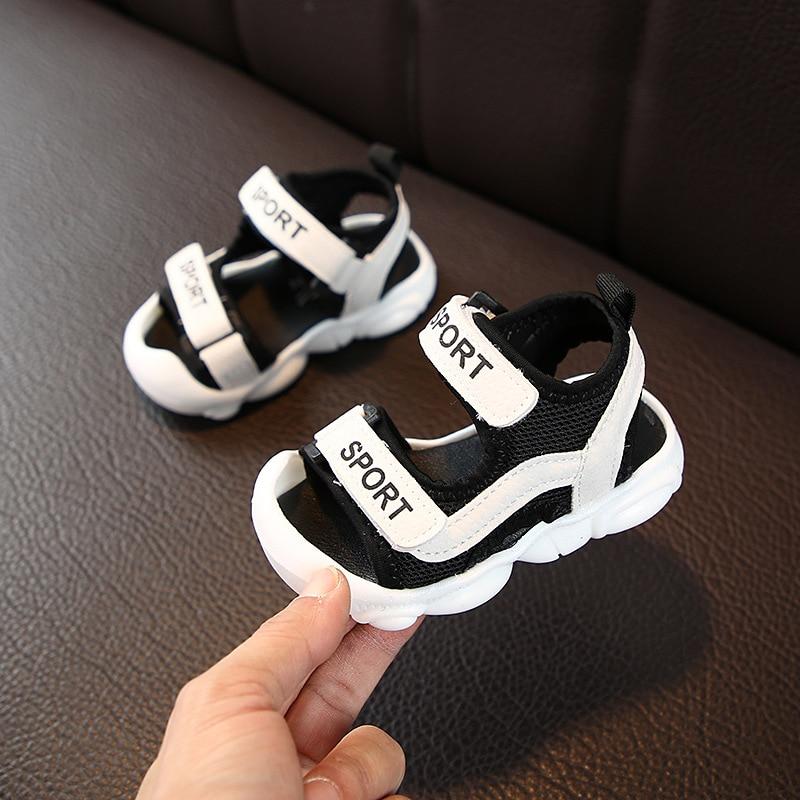 Nuevos zapatos de verano para niños, sandalias transpirables para niños pequeños, sandalias ortopédicas para niñas, zapatos, sandalias de playa a la moda para niños