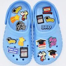 1 pz romanzo scarpa decorazione fibbia Charms accessori cattivo ragazzo combinazione fai da te Jibz per croc bambini amico regali