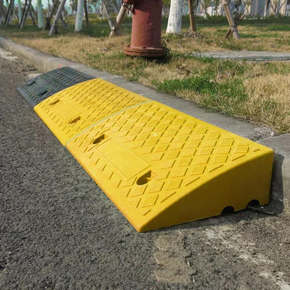 Rampas curvas ligeras portátiles de plástico PVC de servicio pesado, alfombra para rampa, camión, motocicleta, silla de ruedas de 17-20cm de altura
