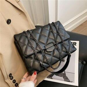 2021 Fashion Shoulder Crossbody Bag Women Travel Messenger Bags Female Handbags Luxury Designer Sac A Main Femme Purse