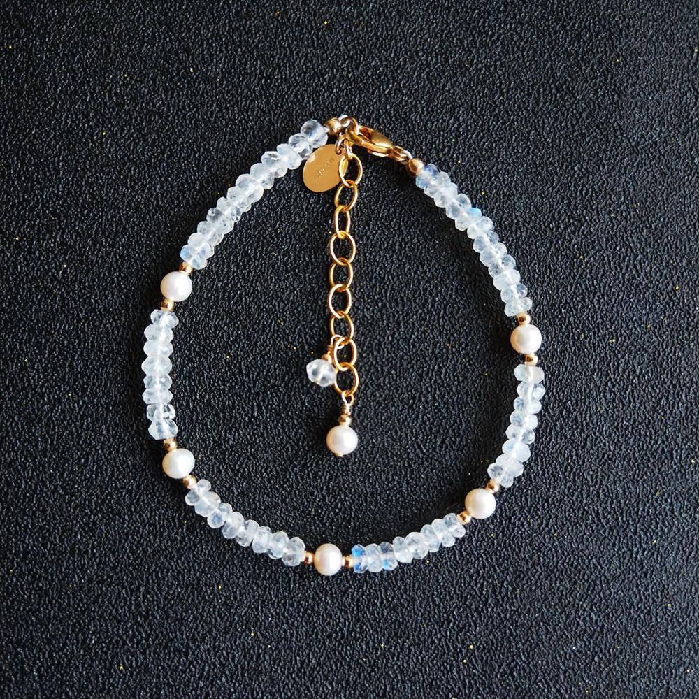 Lii Ji-سوار من حجر القمر الطبيعي ، لؤلؤ المياه العذبة ، لون ذهبي 14 قيراط GF ، قابل للتعديل ، هدية للنساء