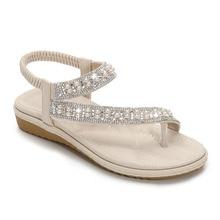 Sandalias de boda para mujer 2020, Sandalias planas de verano con diamantes de cristal de talla grande, zapatos con aro de punta de perla ostentosos en blanco nupcial de talle grande