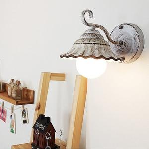 Beautiful lamp modern ceramic warm wall lamp LED bedroom bedside balcony retro rural living room decoration lamp LB42002