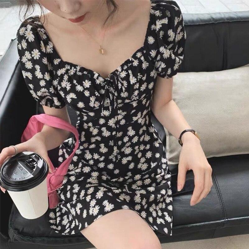 French Vintage Puff Sleeve Floral Black Mini Women Dress Elegant 2020 Summer A Line Square Collar Boho Dress Vestidos