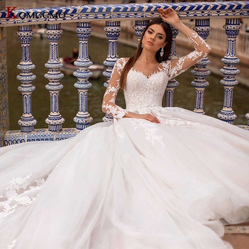Get High-End Full Sleeve Cathedral Train Lace Up Back Bridal Ball Gown Luxury O-Neck Embroidery Appliques Tulle Wedding Dress