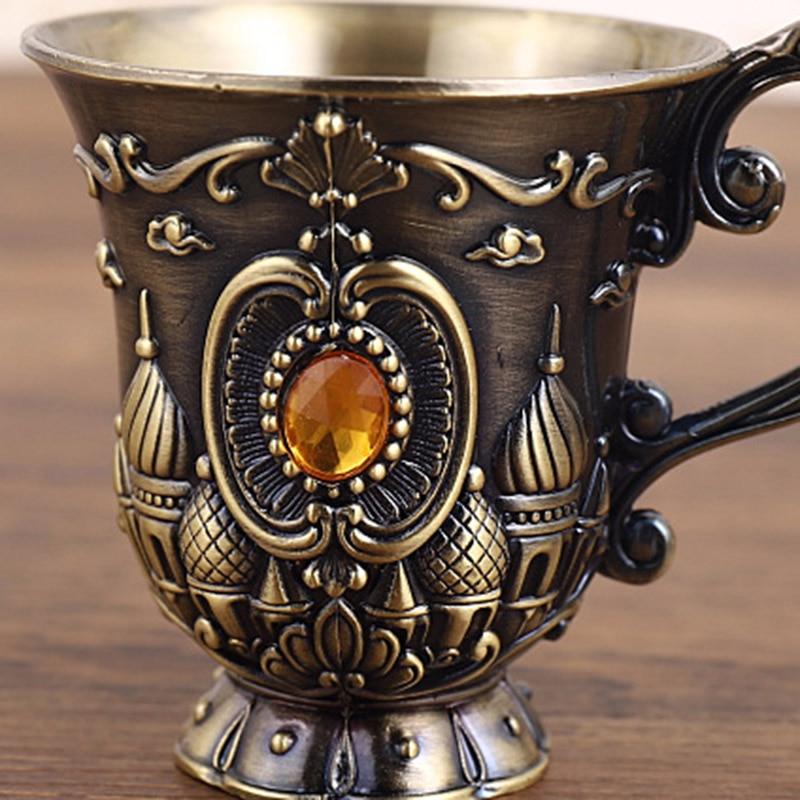 Copa pequeña Vintage de Metal para regalo de boda, Copa tallada, castillo, patrón de flores, Rey, vino de cristal, artesanía de Oriente Medio