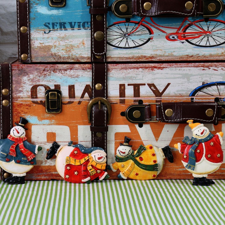 Ímã de geladeira retrô para crianças, 4 unidades, ornamentos de natal, artesanato de resina, boneco de neve, decoração da casa wi-fi adesivos