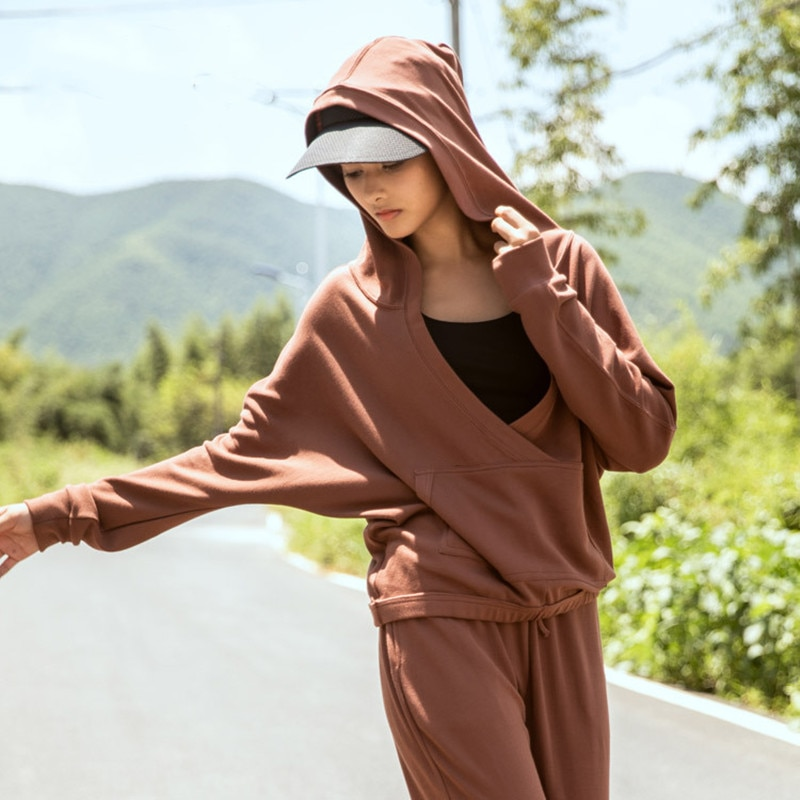 Las mujeres deporte Sudadera con capucha suelta chaqueta Sexy grande con cuello en V de Yoga abrigo de manga larga femenino Ejercicio de carrera ropa Top gimnasio Fitness
