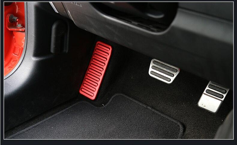 Aluminium Auto Innen Links Fuß Rest Pedal Dekoration Rahmen Aufkleber für Ford Mustang 2015 Up Auto Styling